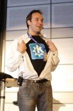 Mark Shuttleworth patronem KDE